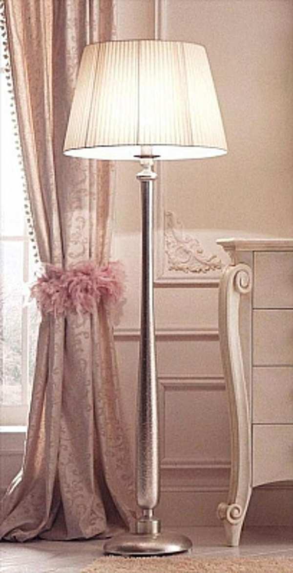 Напольная лампа AVENANTI VR1 621