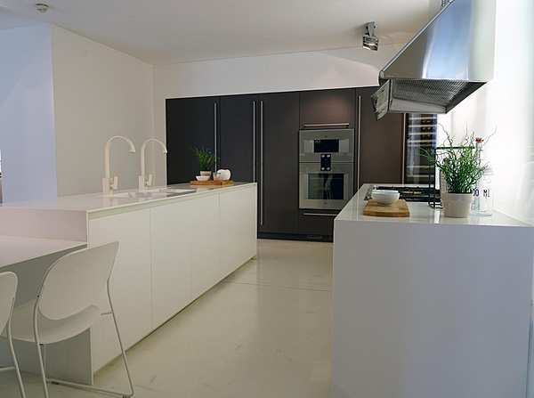 Кухня Camagni Cucine White Steel