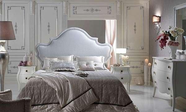 Кровать PIERMARIA rubino con borchie Night collection